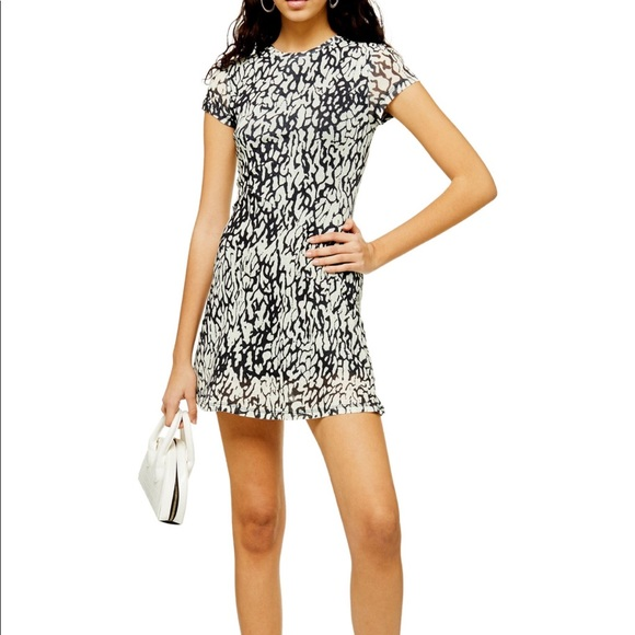 Topshop Dresses & Skirts - NWT Topshop Mini Dress